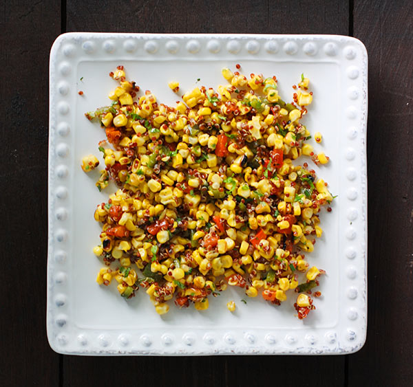 Colorful Grilled Corn and Quinoa Salad - SoupAddict.com