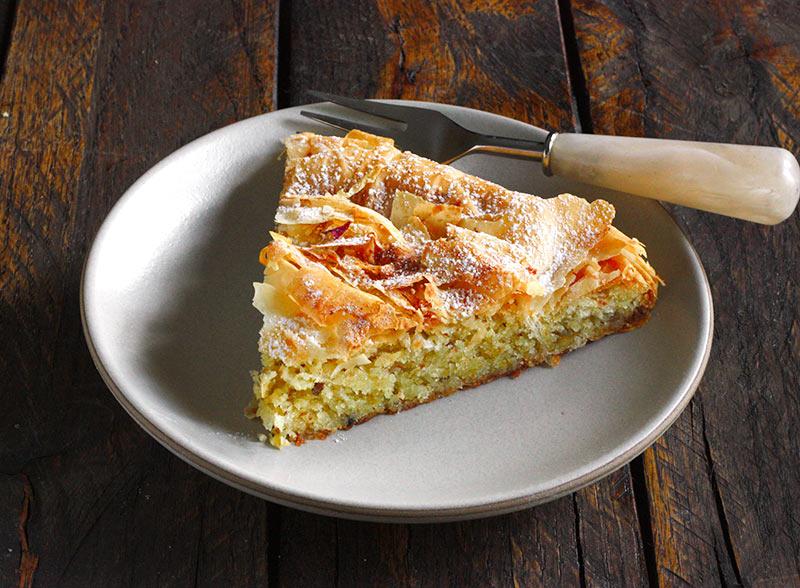 M'hanncha: Moroccan snake cake from SoupAddict.com
